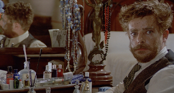 Giancarlo Giannini as Antonio Soffiantini 'Tunin' in LOVE & ANARCHY.